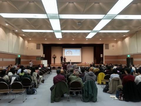 松山市立子規記念博物館 4階 講堂にて